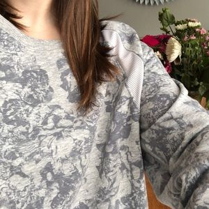 (Old Navy) Active Floral Sweatshirt